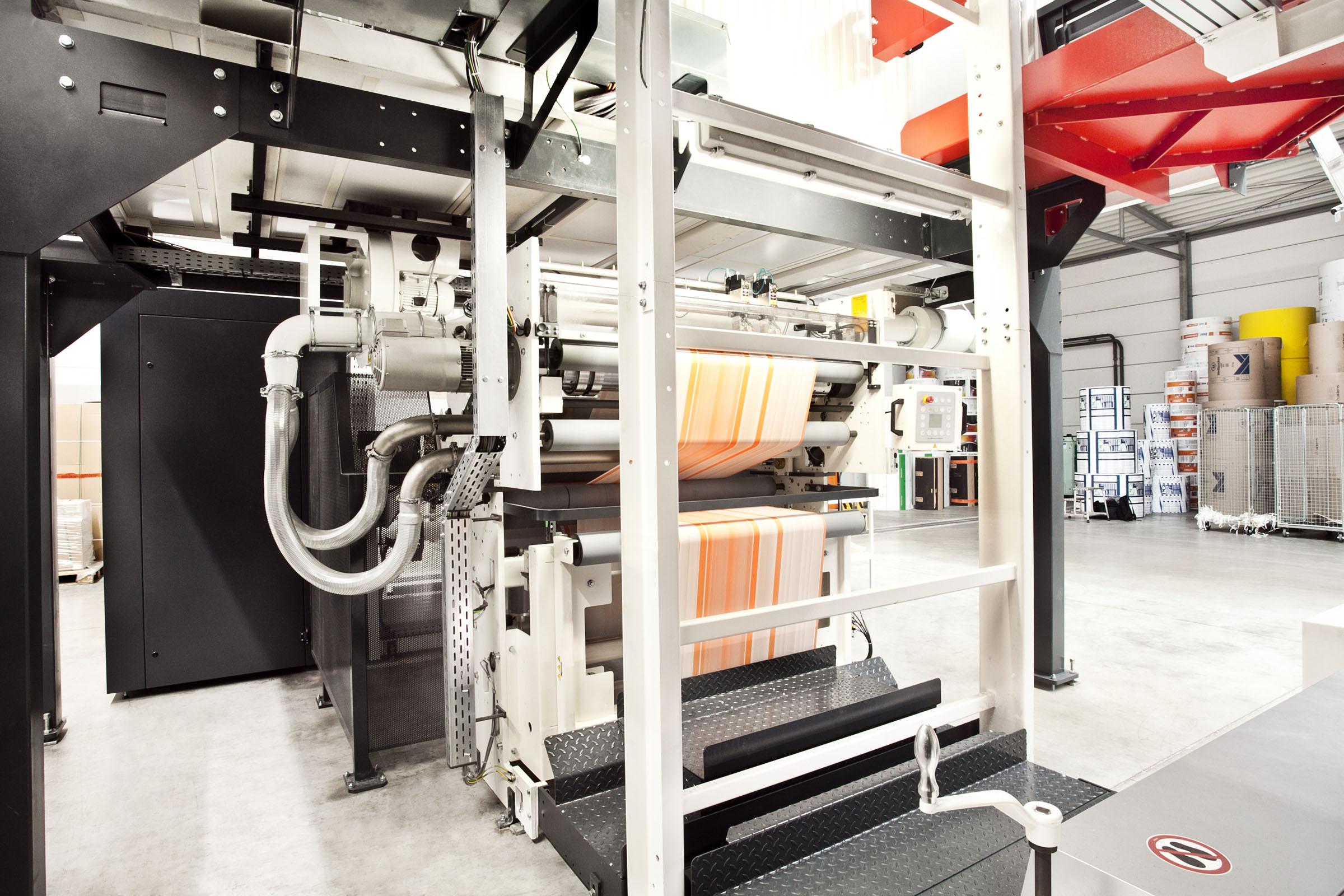 Qualitätsdruck in der Papiersack-Produktion bei TENAX